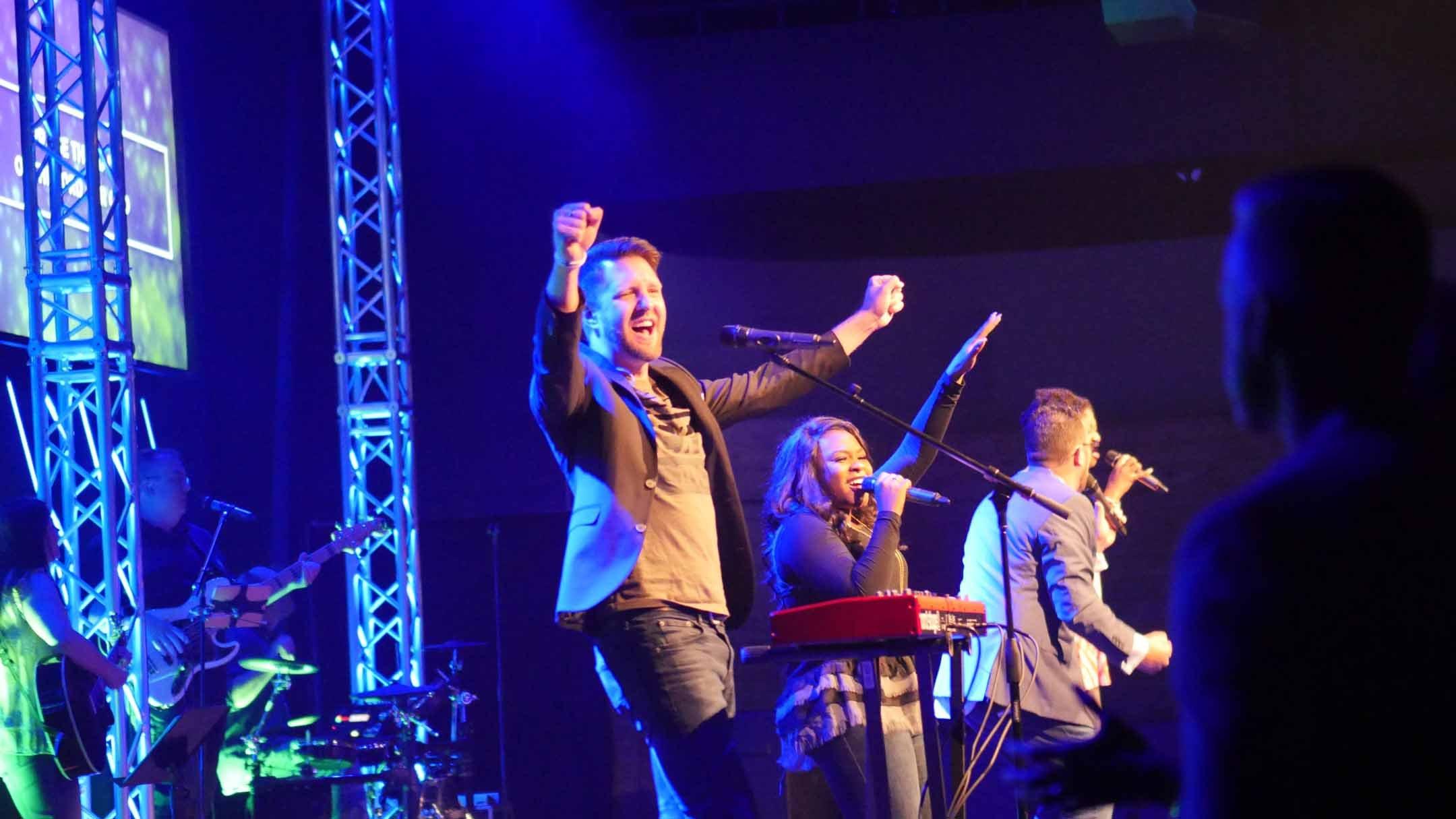 worship pastor
